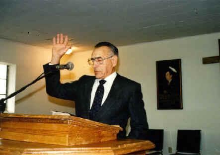 irmão Lee Vayle pregando